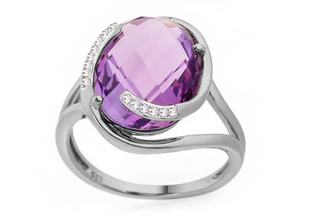 Amethyst Ring mit Diamanten Desarae