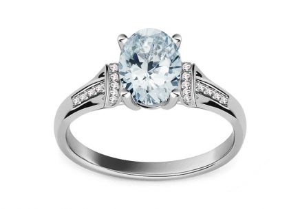 Brillant Ring mit Aquamarin