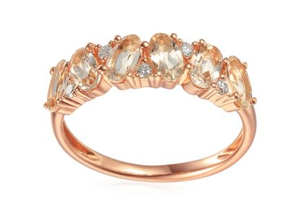 Morganit Ring aus Roségold mit Brillanten 0,070 ct